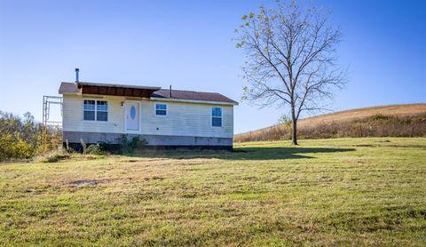 Photo of 1238 Cobb Ln, Nicholasville, KY 40356