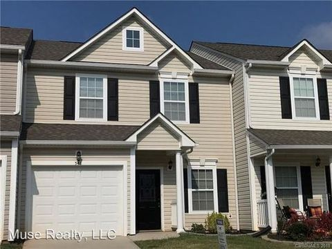 Photo of 548 Claire Ln, Rock Hill, SC 29732
