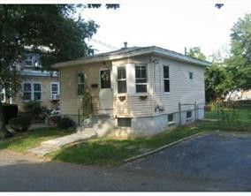 Photo of 244 Irving Rd, Warwick, RI 02888