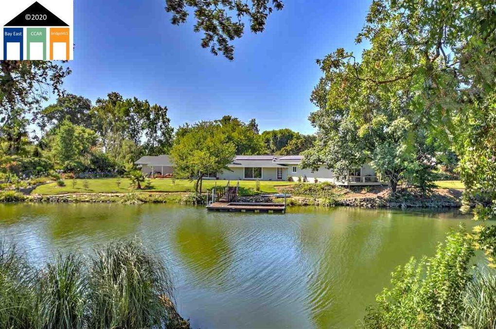 5 Atherton Island Pl Stockton, CA 95204