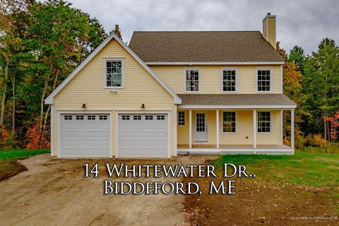 Photo of 14 Whitewater Dr, Biddeford, ME 04005