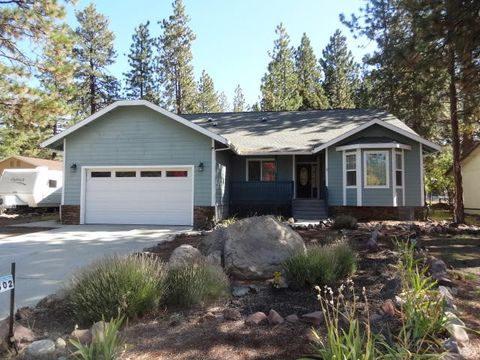Photo of 17602 Fisher Rd, Weed, CA 96094