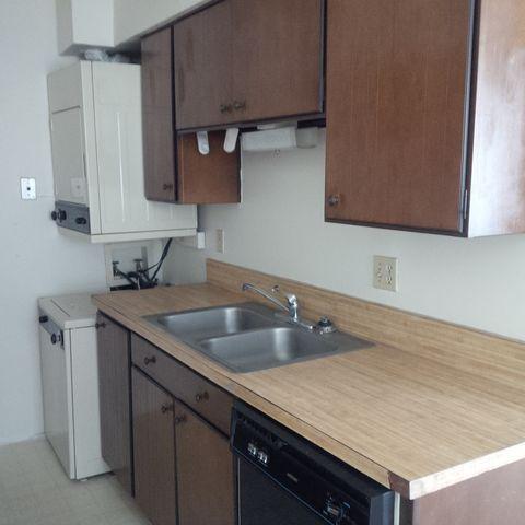 Photo of 810 S Kolb Rd Unit 4, Tucson, AZ 85710