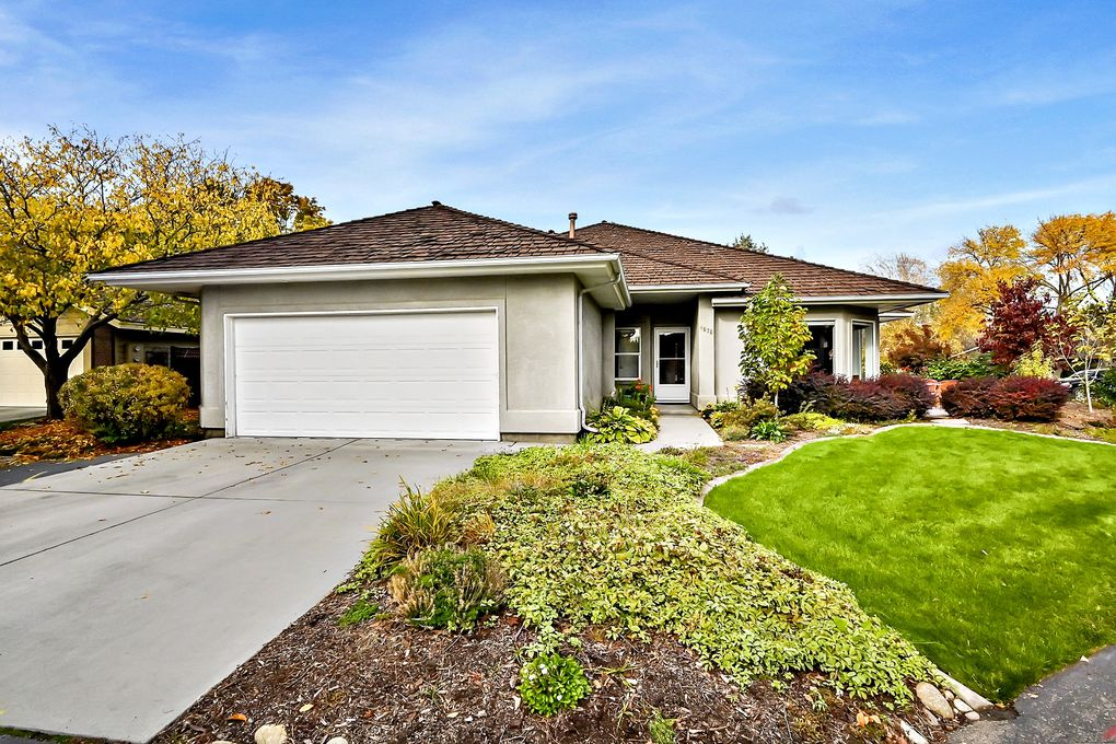 4878 N Lakeview Pl Boise, ID 83714