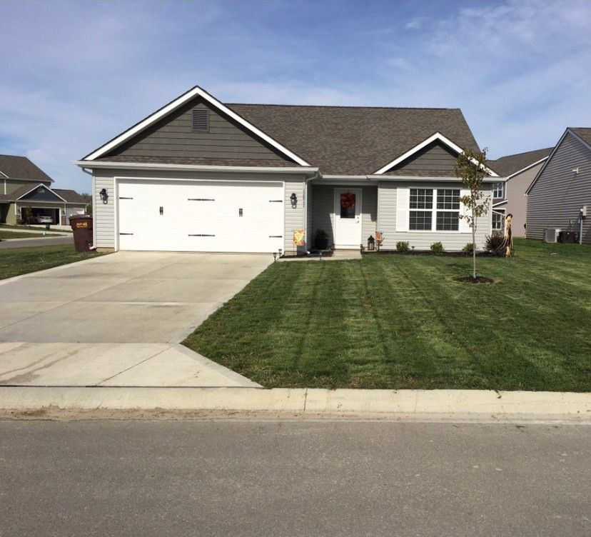 12817 Gannet Ct Fort Wayne, IN 46845