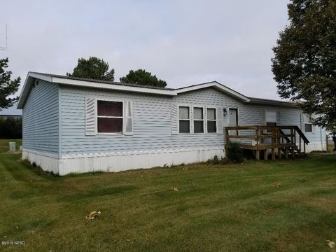 Photo of 3 17th Ave Sw, Watertown, SD 57201