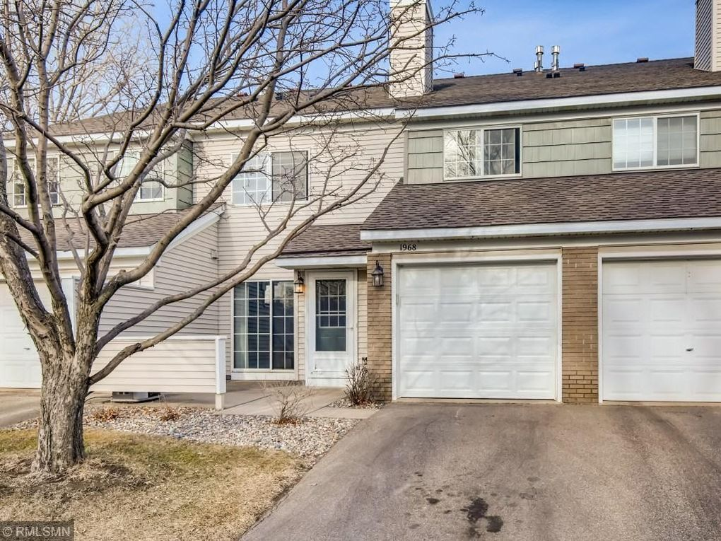 1968 Glenfield Ct Unit 40 Eagan, MN 55122