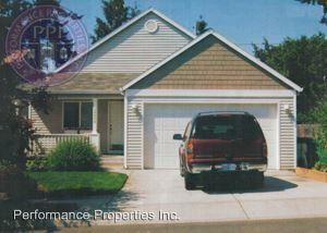 Photo of 39089 Cascadia Village Dr, Sandy, OR 97055