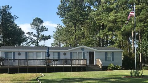 912 Hardesty Loop Rd, Newport, NC 28570 on used mobile staging, used mobile in karachi, used houses in spartanburg, madison house sale, used mobile home 14x70, used modulars in colorado, used park model, used modular office building, new mobile home parks sale, used cars in pa, used portable lake cabins, used yurts sale, used motorhomes florida, used mobile home prices 94533, used mobile offices, used mobile home doors, used mobile home values, used single wide homes, used mobile home wheels,