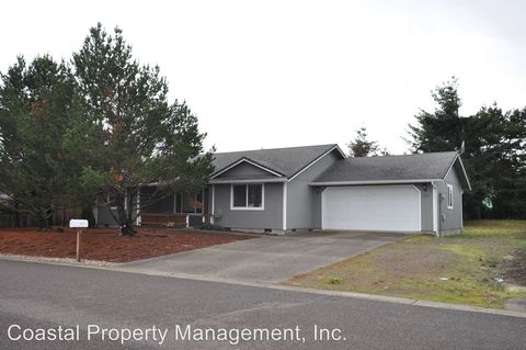 Photo of 1233 Yew St, Florence, OR 97439
