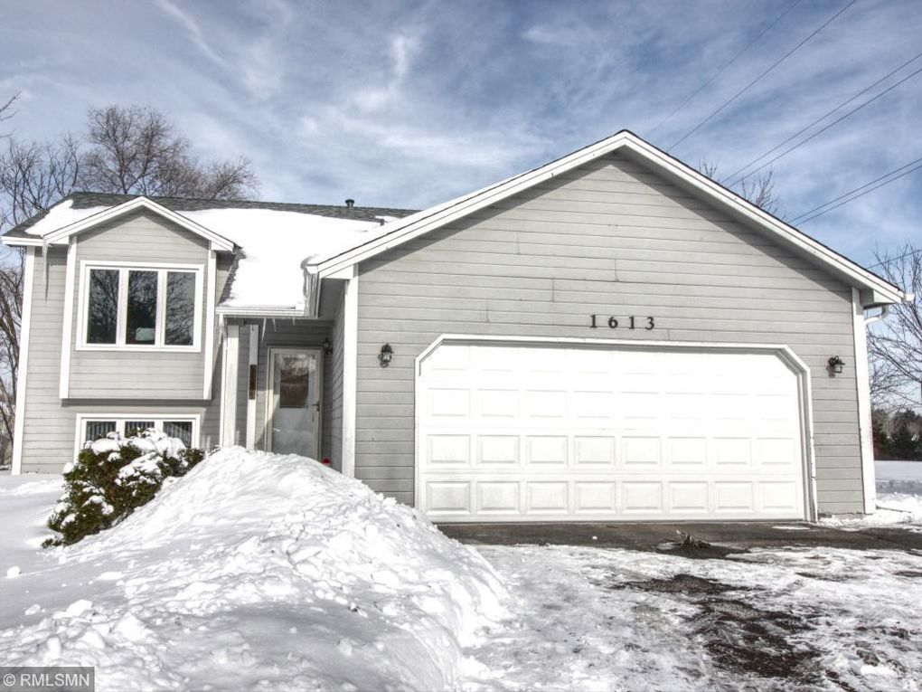 1613 131st Ave NW Coon Rapids, MN 55448