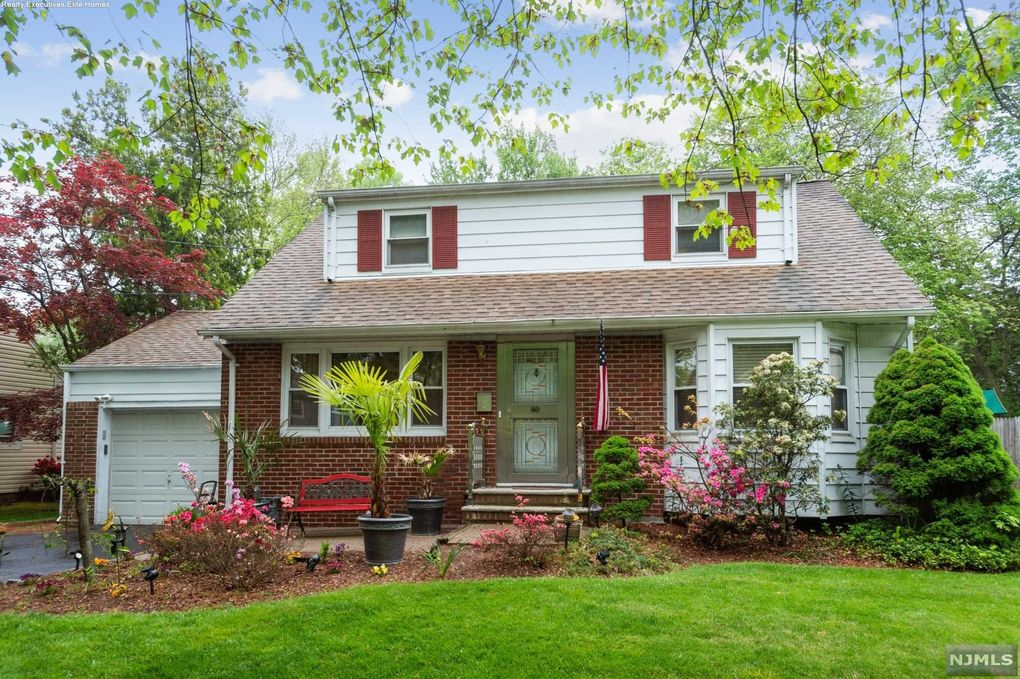 226 S Martine Ave Fanwood, NJ 07023