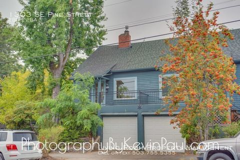 Photo of 1303 Se Pine St, Portland, OR 97214
