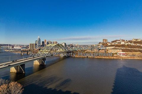 Photo of 400 Riverboat Row Unit 1502, Newport, KY 41071