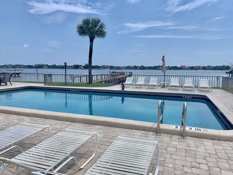 Photo of 1204 S Lake Dr Apt 12, Lantana, FL 33462
