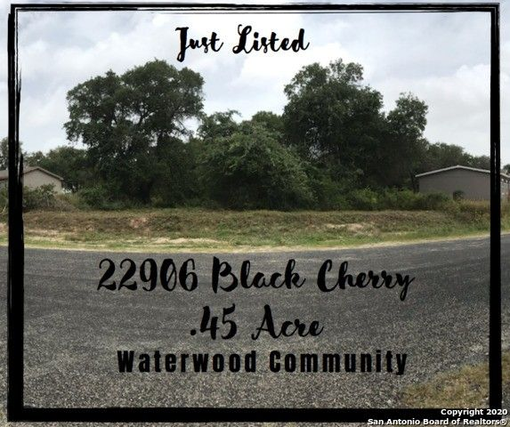 22906 Black Cherry Elmendorf, TX 78112