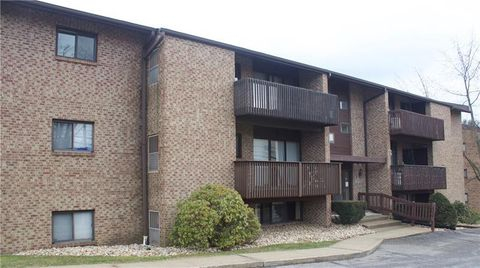 Photo of 1205 Dutilh Rd Apt 9, Cranberry Township, PA 16066