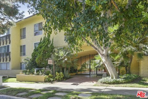 Photo of 6225 Canterbury Dr Unit 303, Culver City, CA 90230