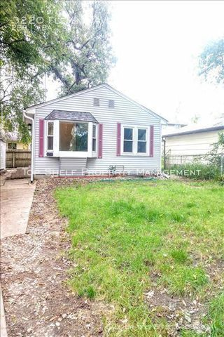 Photo of 3220 Fleming Ave, Des Moines, IA 50310