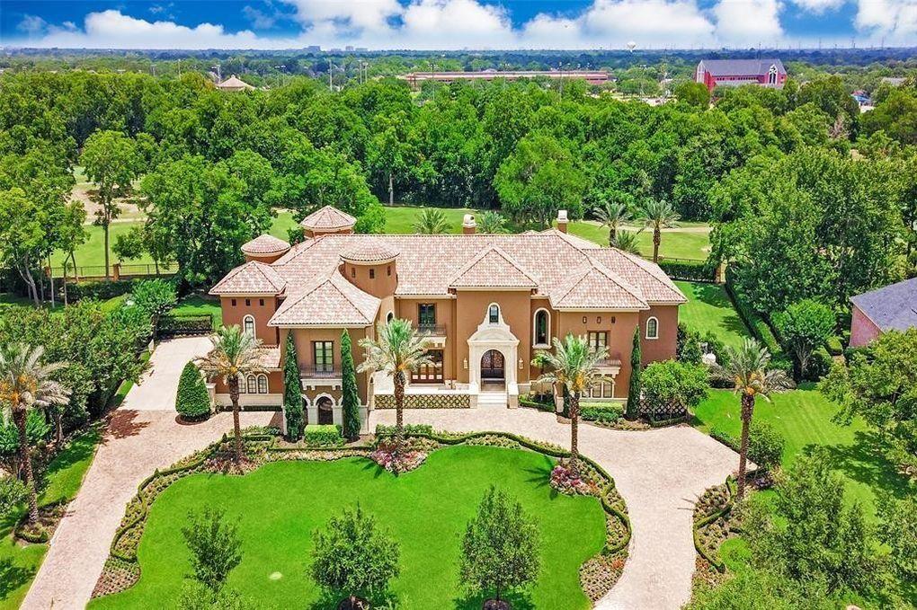 31 Beacon Hl, Sugar Land, TX 77479 - realtor.com®
