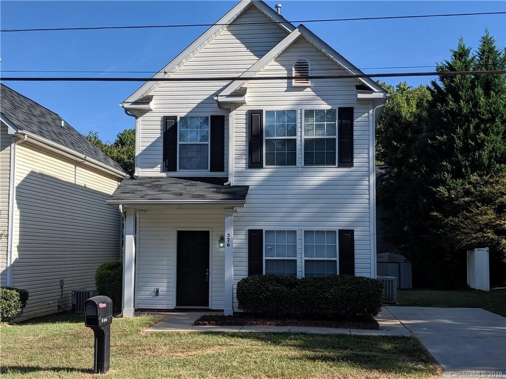 526 E Iredell Ave, Mooresville, NC 28115