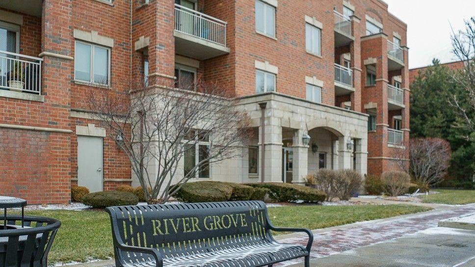 8550 Grand Ave Unit 202 River Grove, IL 60171
