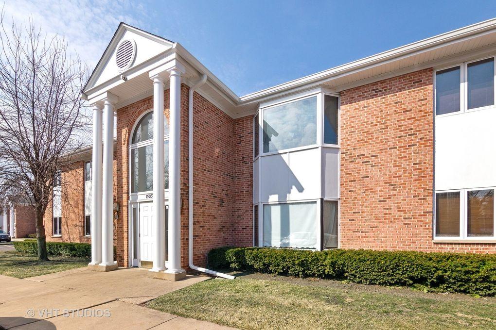 1503 N Milwaukee Ave Apt 1B Libertyville, IL 60048