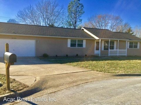 Photo of 1600 October Pl, Rolla, MO 65401