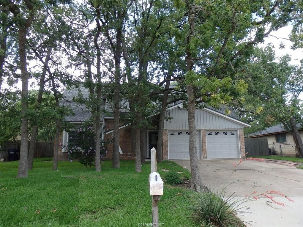 1505 Francis Dr College Station, TX 77840