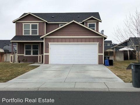 Photo of 506 N Mississippi Dr, Moses Lake North, WA 98837