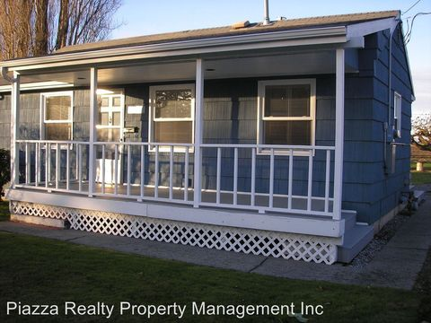 Photo of 18423 Cascade St, Mount Vernon, WA 98273