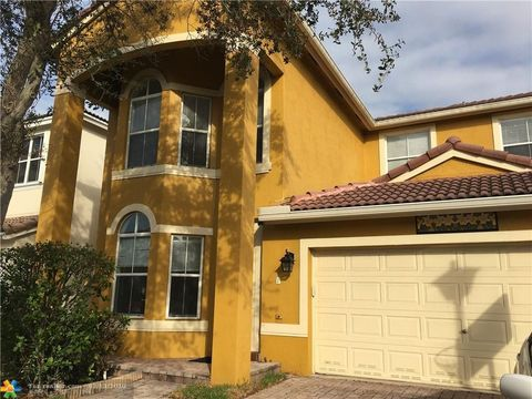 Photo of 4991 Sw 37th Ave, Fort Lauderdale, FL 33312