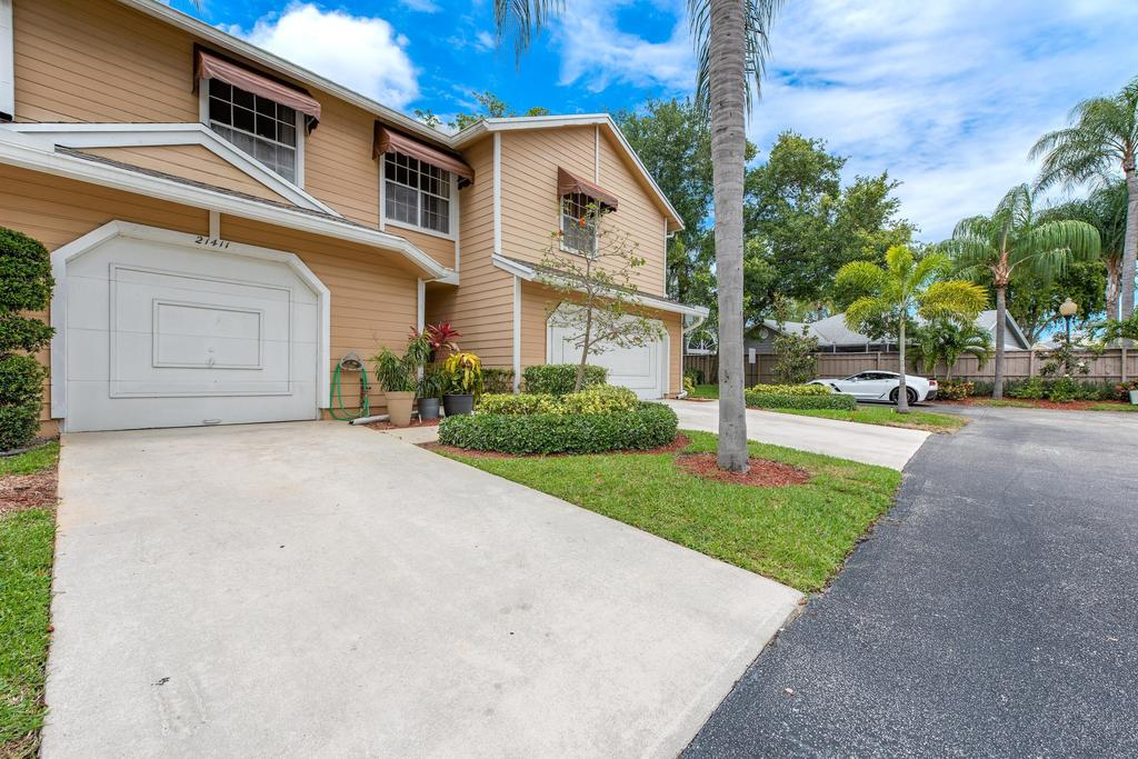 0700d0db0b84f9029ead3f9d3804464bl m581027234od w1024 h768 - Fairfield Gardens Boca Raton For Rent