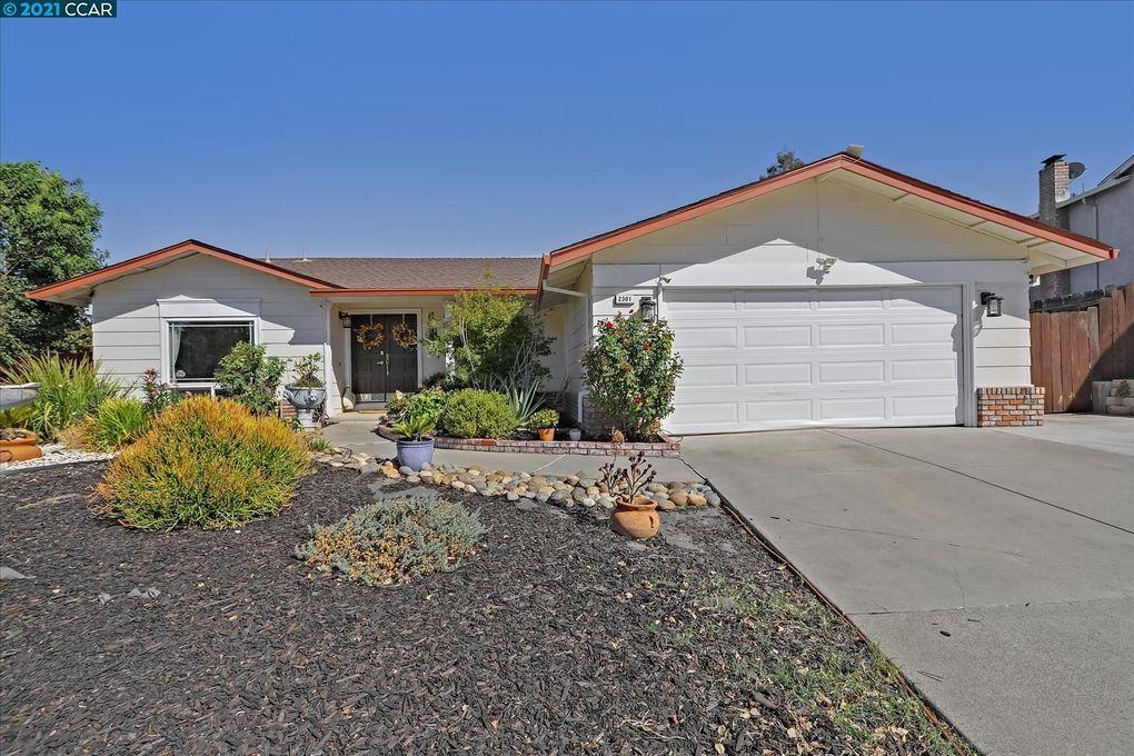 2301 Foothill Dr Antioch, CA 94509