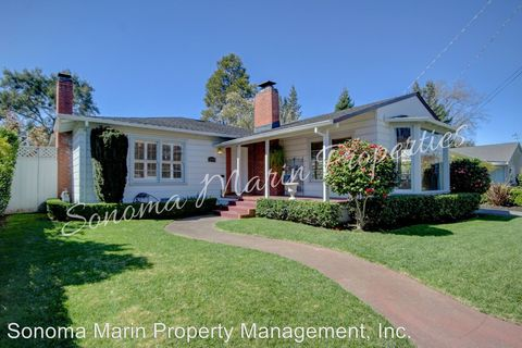 Photo of 1634 El Rancho Way, Santa Rosa, CA 95404