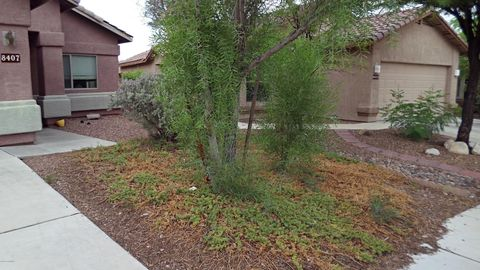 Photo of 8407 N Coyote View Ct, Tucson, AZ 85743