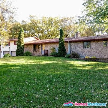 Photo of 712 Riverside Ave N, Sartell, MN 56377