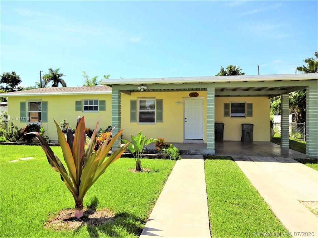 1560 NE 11th St Homestead, FL 33033