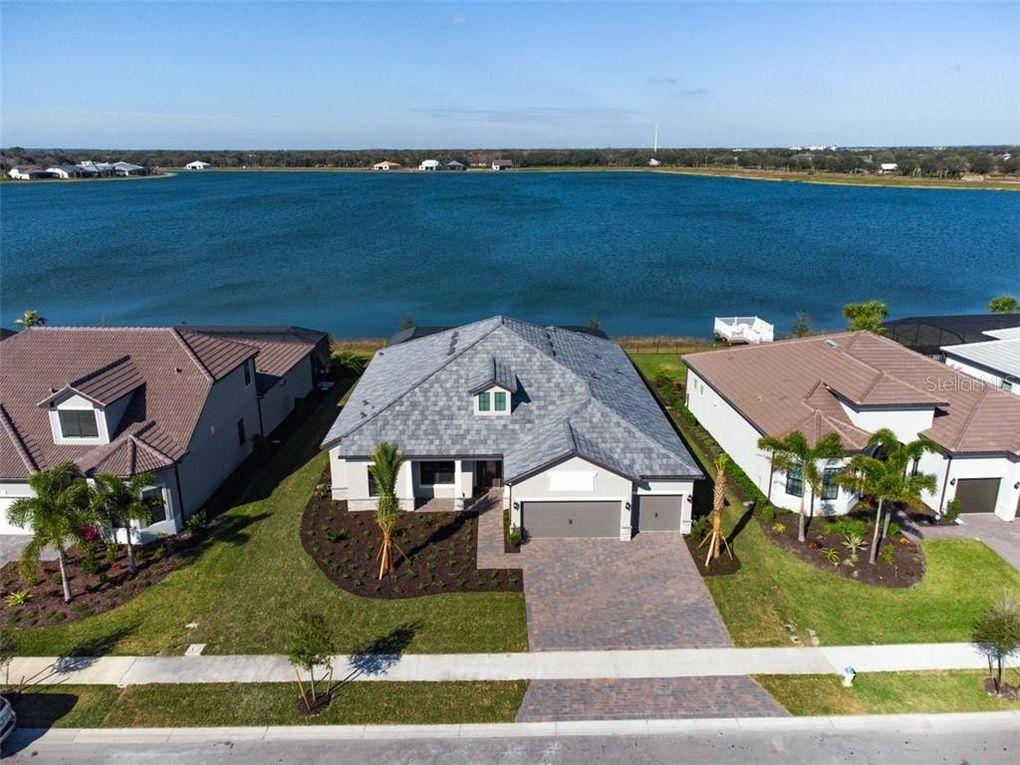 7992 Grande Shores Dr Sarasota, FL 34240