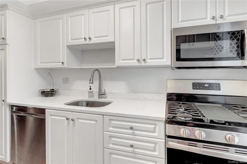 5615 Netherland Ave Apt 3 A Bronx Ny, Bronx Ny Kitchen Cabinets