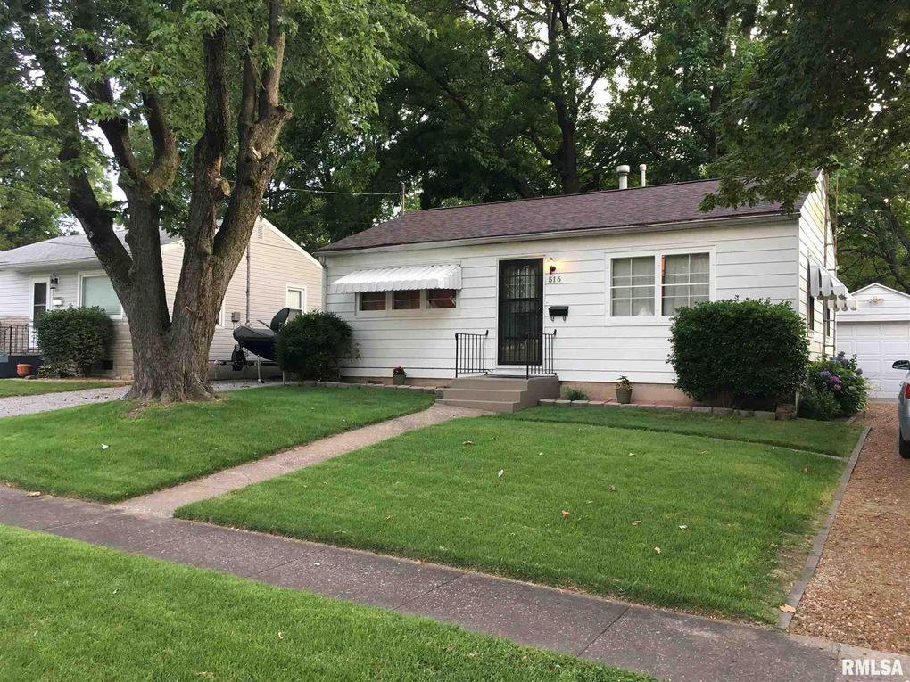 516 N Davis St Carbondale, IL 62901