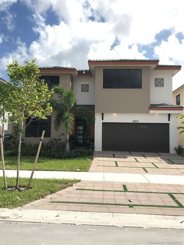 Photo of 15517 Nw 88th Ct, Miami Lakes, FL 33018