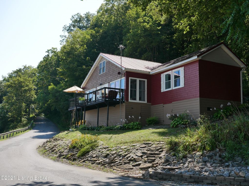 1966 Coopers Bottom Rd Milton, KY 40045