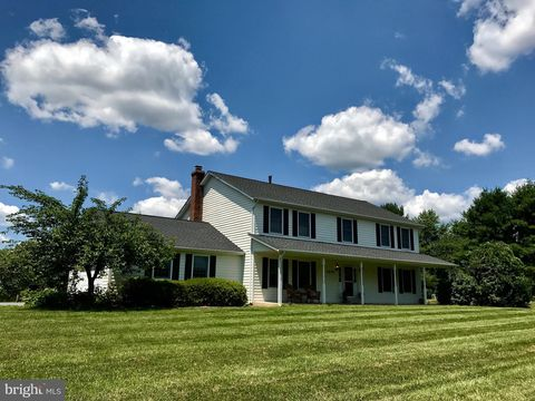 Photo of 2809 Shadow Roll Ct, Glenwood, MD 21738