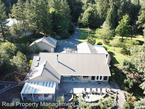 Photo of 14750 Se Gilbertson Rd, Sandy, OR 97055