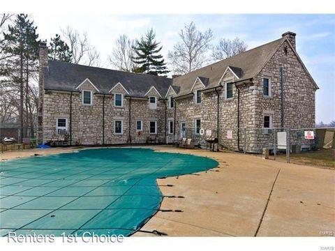 Photo of 4383 Normandy Trace Dr Apt B, Normandy, MO 63121