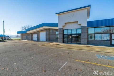 Photo of 169 Pateros Mall Unit D, Pateros, WA 98846