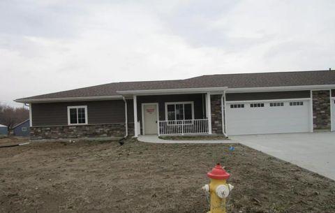Photo of 910 Tamarack Ln, Missouri Valley, IA 51555
