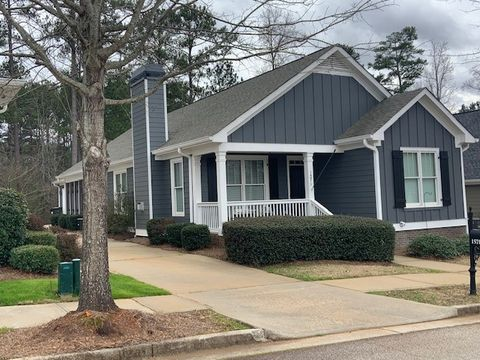 Photo of 1571 Carriage Ridge Dr, Greensboro, GA 30642