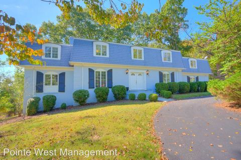 Photo of 1602 Greenwood Dr, Blacksburg, VA 24060